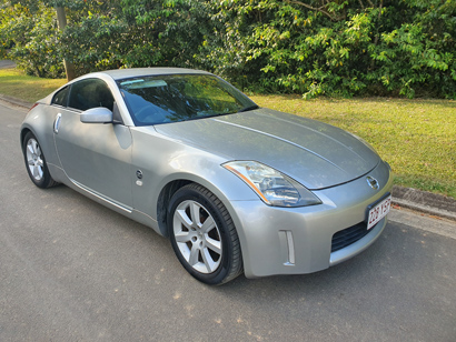 NISSAN 350Z Coupe, 2003 auto, silver, Michelin tyres, adjustable Koni front shocks, goes well, looks...