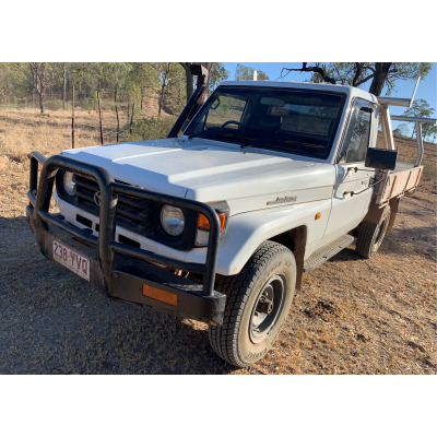 2000 Toyota L/Cruiser Ute   