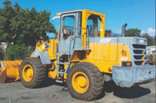 LOADER 1.7m BUCKET   4 speed transmission   DEUTZ Diesel   $10,000 plus GST   Located in...