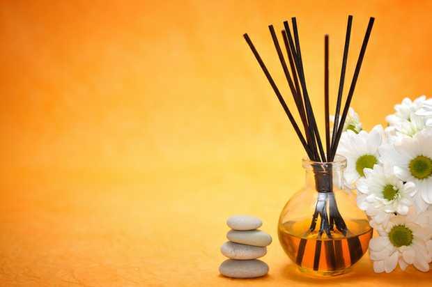 PROFESSIONAL   Deep Full Body   Relaxing Massage.   0449 572 868