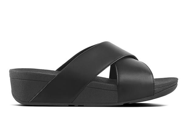 The FitFlop Womens Lulu Slide offers maximum comfort for everyday wear.  The engineered midsole and...