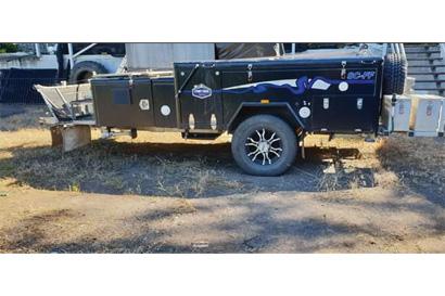 2015 Stoney Creek Camper SCFF Additional stoage, fridge slides and water tanks Heavy duty bearings...