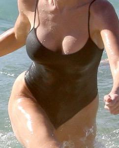 45YO AUSSIE KYLIE ~ New in Town    Sensual Touch  Erotic Pleasure