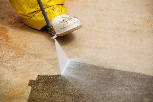 High Pressure Cleaning •Driveways •Pathways •House Washing •Roof...