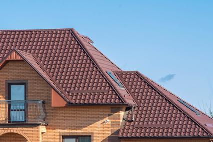 Metal & Tile Roof Specialist   Guttering, Carpentry Fascias, Renewals, Repairs &...