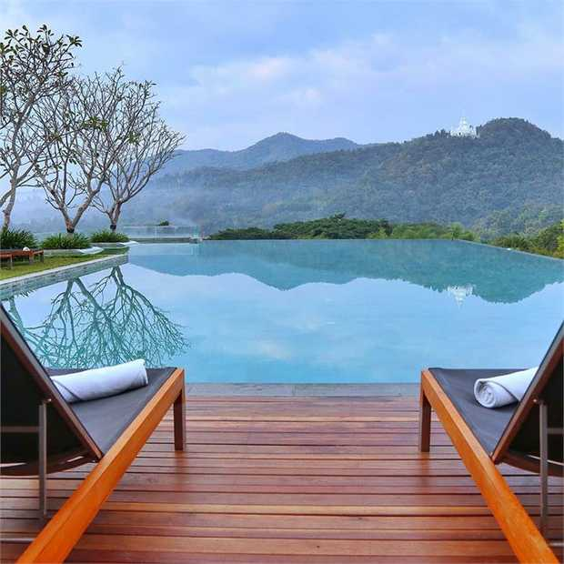 Built around ancient Chiang Mai, immerse yourself in the lush green countryside and a sprinkling of...