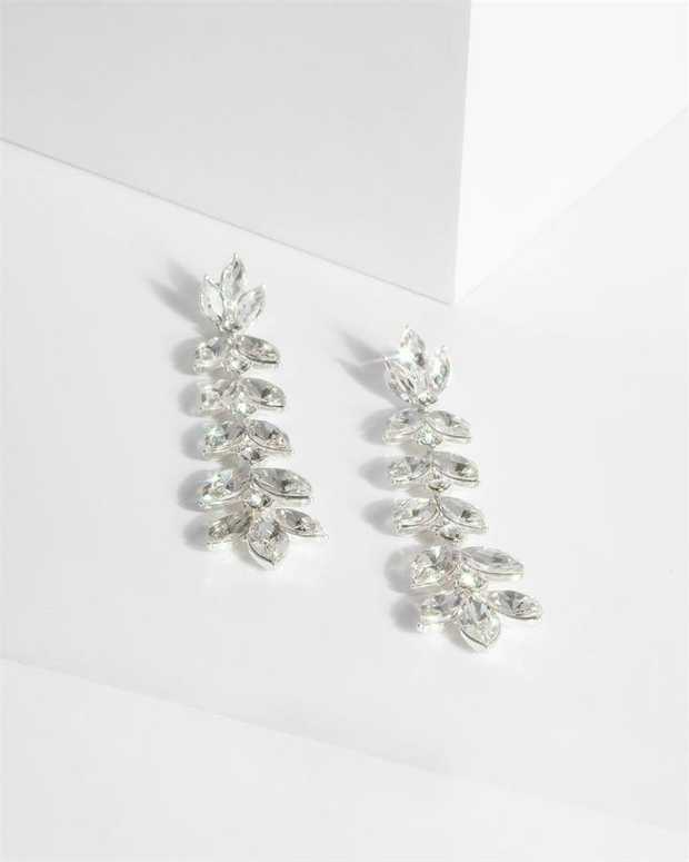 Part of our Sparkle collection Make a fashion statement with our gorgeous earrings. This pair of...