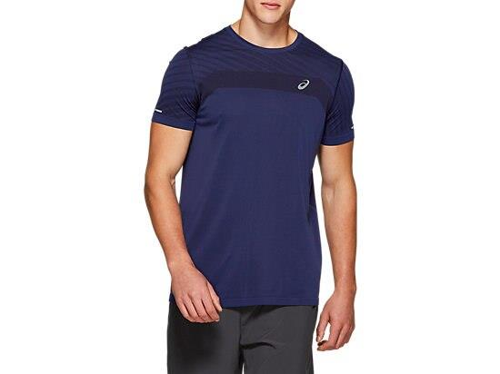 A great choice to wear when pushing yourself to the max, the ASICS men's SEAMLESS SS TEXTURE...
