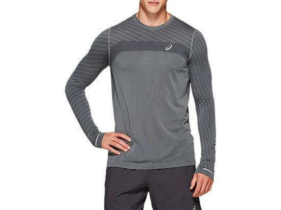 Soft-to-the-touch and offering a luxuriously comfortable regular fit, the ASICS men's SEAMLESS LONG...