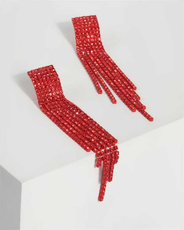 Part of our Comin in Hot collection Make a fashion statement with our gorgeous earrings. This red...