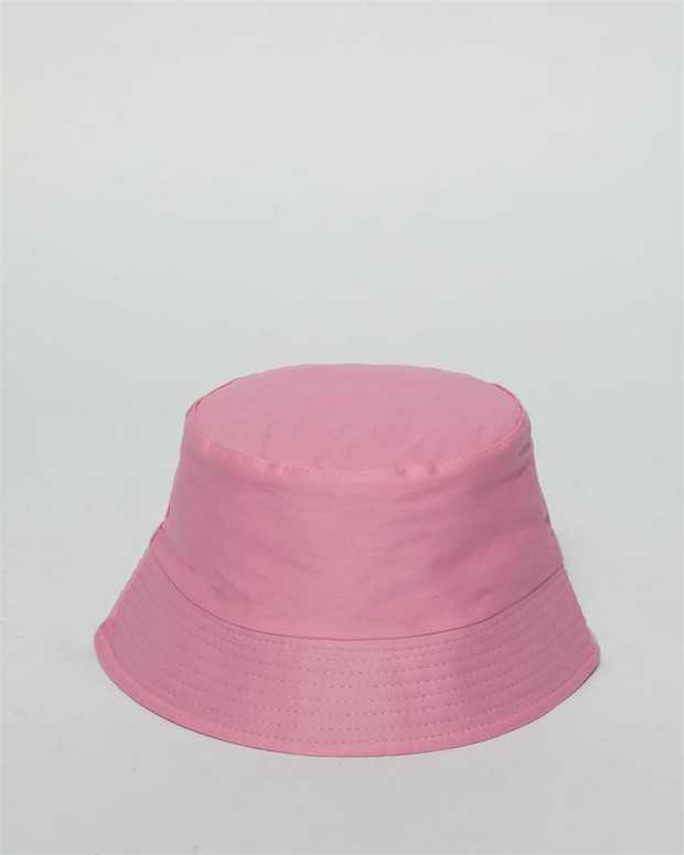 Our simple bucket hat is perfect for those beach days, festivals or to make a fashion statement. Pink...