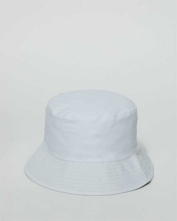Our simple bucket hat is perfect for those beach days, festivals or to make a fashion statement. White...