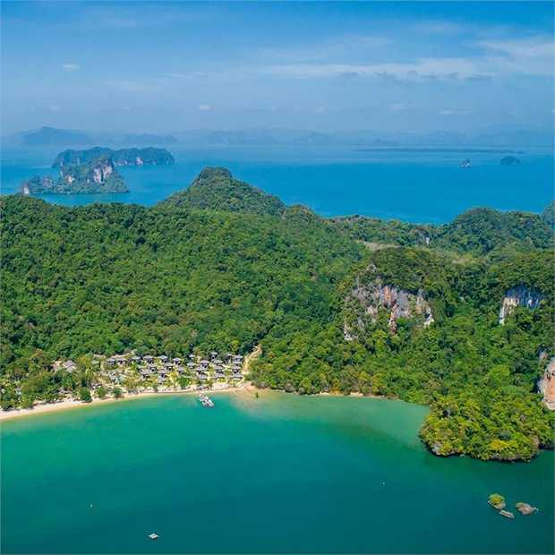 A secluded sanctuary tucked away on the northeastern tip of Koh Yao island, Paradise Koh Yao Resort is...