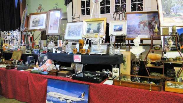 ESK ANTIQUE FAIR