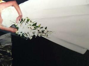 Stunning original designer gown in ivory cream delustered satin, detachable train and strapless bodice...