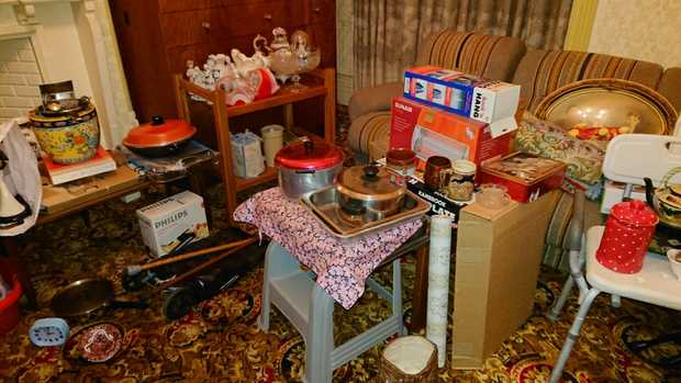 Deceased Estate   Massive Clearout Full House Content, Garden Shed Tools,Kitchenware, Dinning...