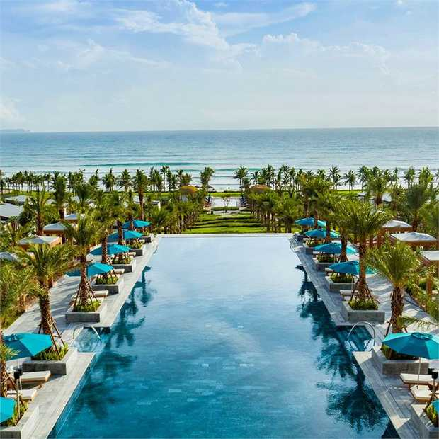 Be amongst the first to experience the brand-new Radisson Blu Cam Ranh, a five-star beachfront jewel...