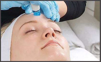 deClinics is a specialised clinic that treats the Face for Ageing Skin, Skin Disorders, Scar...