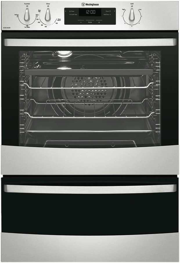 This Westinghouse oven features a stainless steel finish and is LP Gas powered. Bake multiple meat pies...