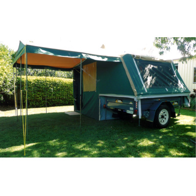 CAMPER TRAILER