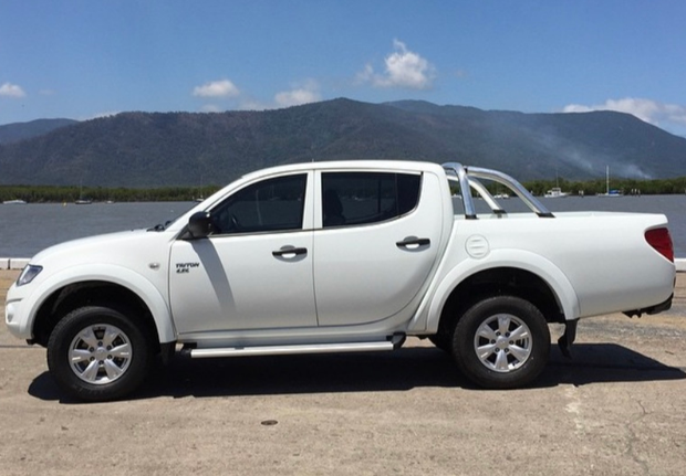 2012 Mitsubishi GLR Triton (manual / diesel) IMMACULATE CONDITION INSIDE AND OUT- Only 36,200km's...