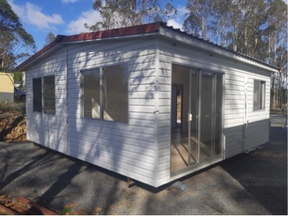 6 x 6m bath toilet, kit, 1bdrm a/c easy moved $34,000, plus three smaller self contained...