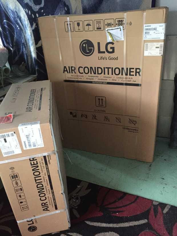 Air Conditioner    LG Reverse Cycle Split 14Kw, 140Kg   Indoor Unit Ceiling Mount Cassette.