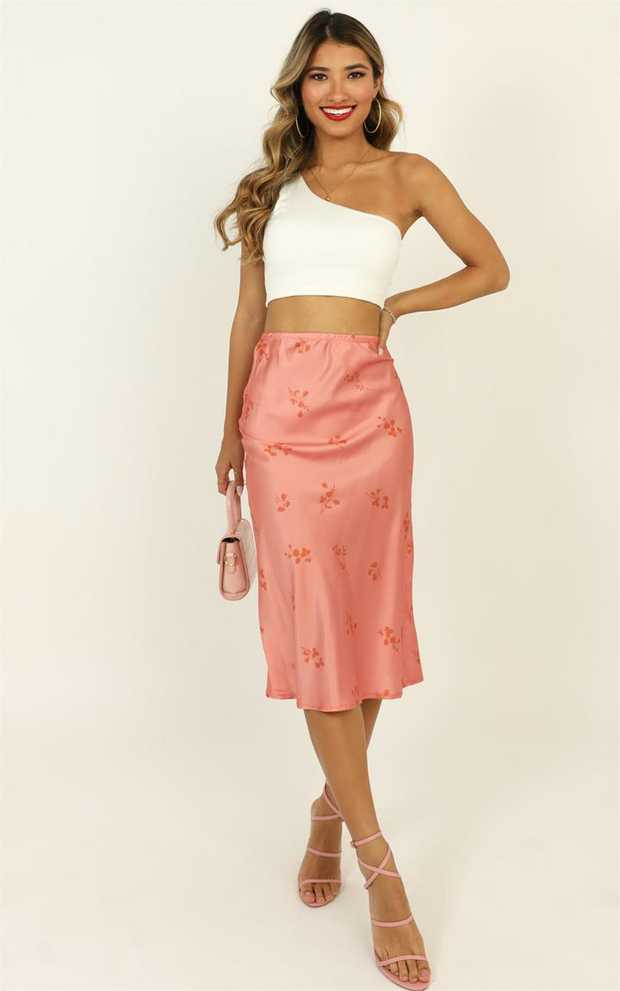 You will fall in love with the Sitting And Waiting Skirt. Featuring floral detailing and a midi length...