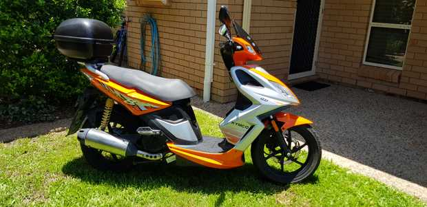 2010 Kymco Super 8 125 Motor Scooter   As new condition   4700kms   RWC   2x...