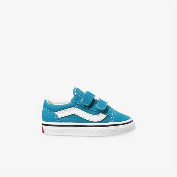 Vans are a staple in skate culture and street style, and this skate sneaker is no exception. Originally...