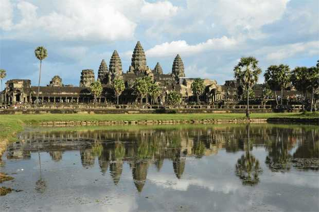 Hop aboard your road bike and glide through the glorious backdrops of both Vietnam and Cambodia on this...