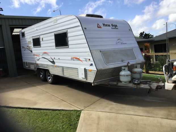 Big Red 19'6 White. Registered to June '20 2 Single Large Beds Full separate ensuite...