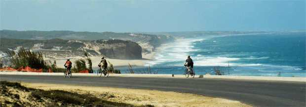 Follow scenic coastal routes along the Atlantic Coast of Portugal on an 8-day memorable cycle tour.