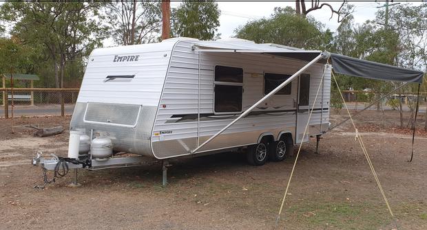2011 Empire Tandem Caravan 21ftEnsuite, Toilet, Reverse cycle Aircon, Microwave, Fridge/Freezer, Auto...