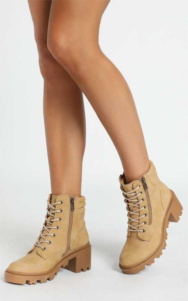 Ryder is the perfect boot to give a little edge to your look. Offering a lace up upper on a cleated...