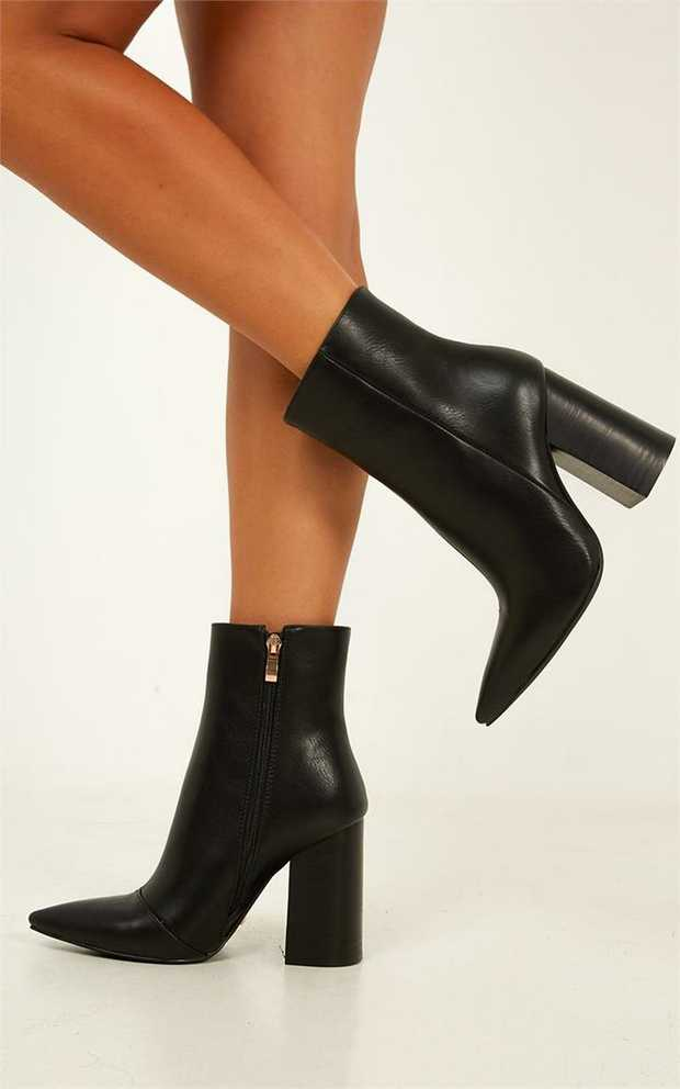 Tioby Billini is a luxe, ankle boot. Featuring a sharp pointed toe with inner zipper fastening...