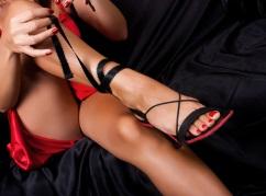 Sweet & Fun Aussie Girl     Friendly & Passionate  Stunning Blonde  Mid...