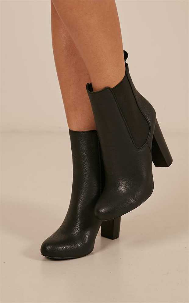 Lillia by Billini i is an essential casual ankle boot. It features a soft almond toe design and...