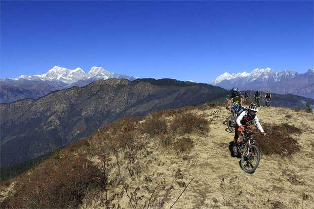Explore the humbling Himalayan mountains in this epic MTB tour, a true paradise for mountain biking...