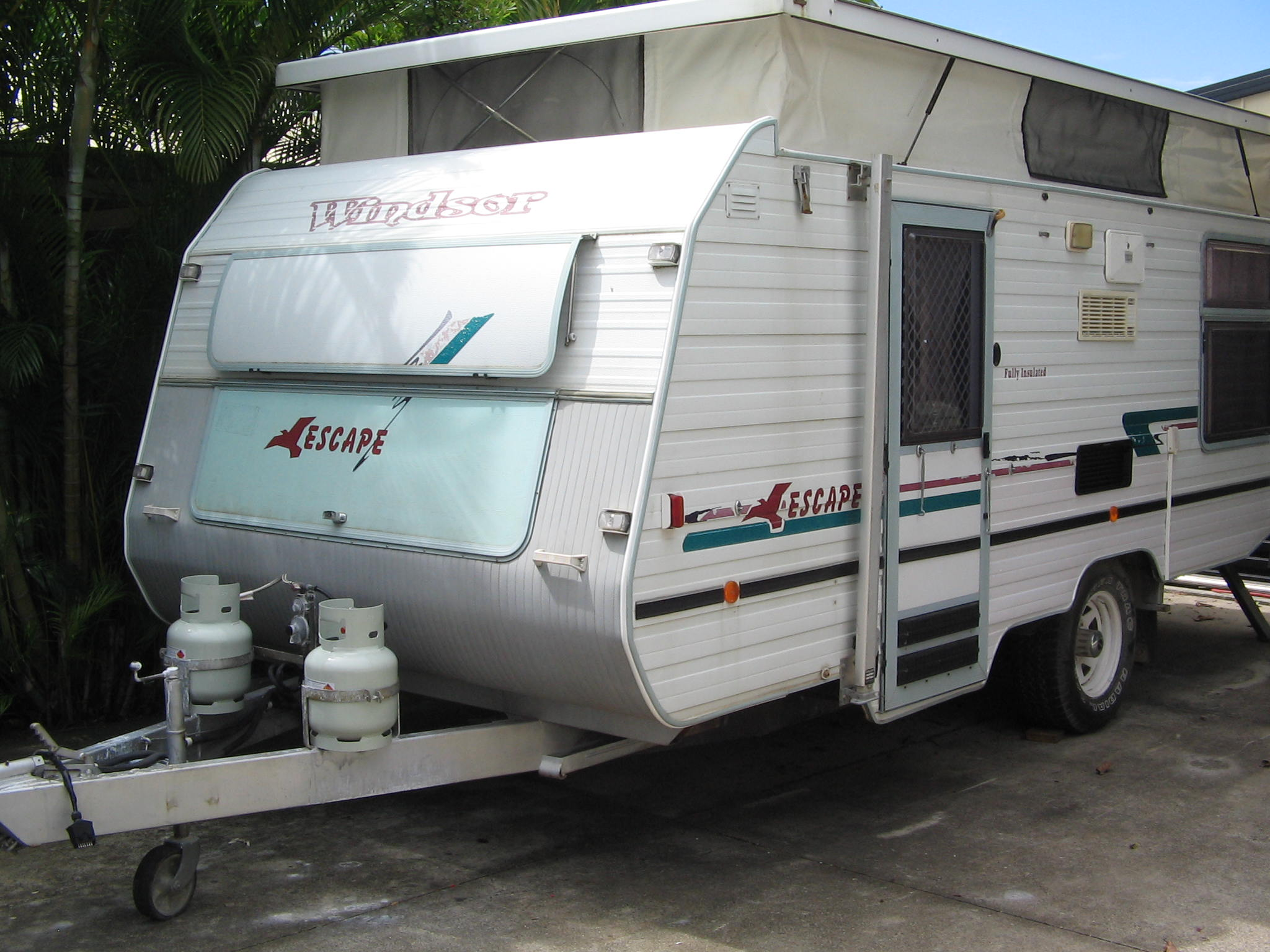 Off-Road, 18ft, Shower (External), RWC Gas Certificate, Registered, Solar Panells, Vanity, Double...