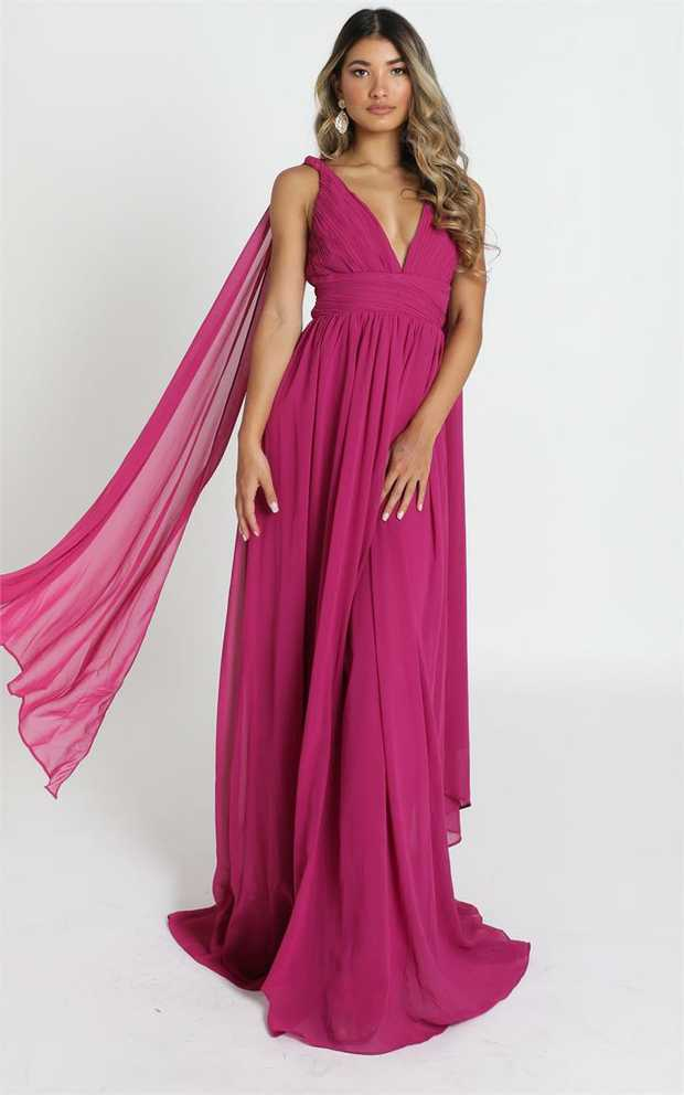 Stand out from the crowd in the Oaklynn maxi dress! This is the occassional piece you need in your...
