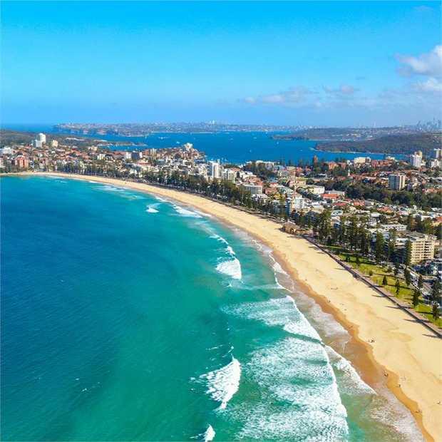 Powder-soft white-sand beachfront and mesmerising Tasman sea oceanfront meets Novotel sophistication at...