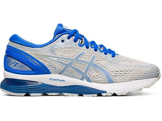 The GEL-NIMBUS 21 LITE-SHOW is designed to keep runners visible during low light conditions. Reflective...