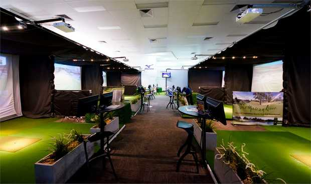 Golf Simulator, Melbourne - 1 Month Membership and 30 Minute Lesson: This experience includes 1 x...