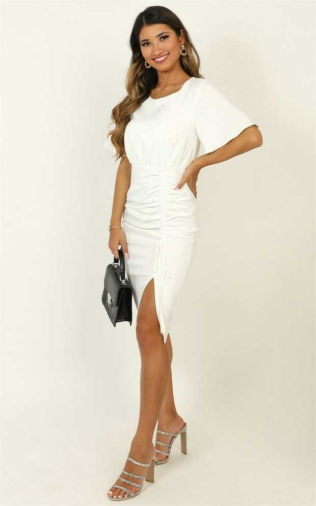 Show off your style at work this season with the Listings Dress! Add some cute pumps to this look, and...
