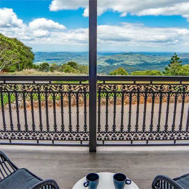 Enter a place where the rest of the world fades away and time stands still at Clouds Montville. Weave...