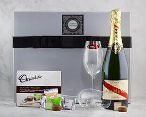 Add some sparkle to someone special's day with this delicious hamper of Pichot Vouvray Brut complete...