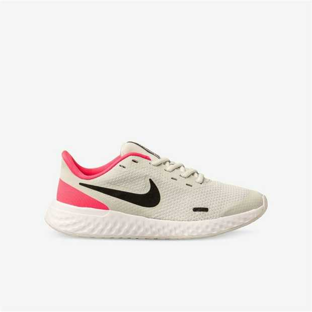 Run and play in the Nike Revolution 5. Lightweight mesh stretches around your feet, and soft foam...