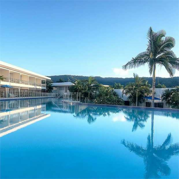 Enjoy a sun-soaked group or family escape in Tropical North Queensland close to the Great Barrier Reef...