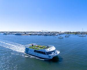 Enjoy a delicious morning tea as you cruise past the sights along the stunning Broadwater Canal.